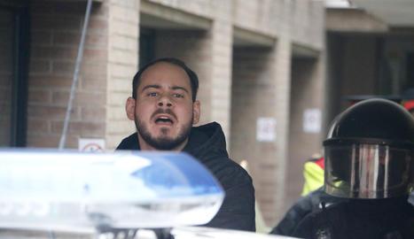 Els Mossos s'emporten detingut el raper Pablo Hásel