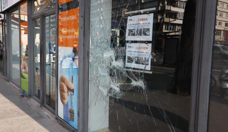 Desperfectos en Lleida después de los disturbios de la manifestación contra la detención de Pablo Hasel