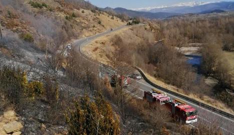 El foc a Prullans es va declarar al costat de l'Eix Pirinenc.