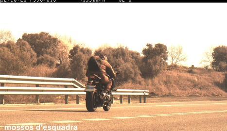 'Caçat' un motorista a 199 quilòmetres per hora a l'N-240 a Lleida