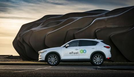 Mazda anuncia que s'ha convertit en el primer fabricant d'automòbils a unir-se a la iniciativa europea eFuel Alliance per promoure els combustibles respectuosos amb el medi ambient.