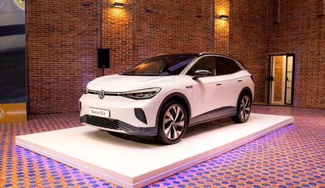 Amb dos nivells de bateria (52 i 77 kWh), ofereix una autonomia de fins a 522 quilòmetres.