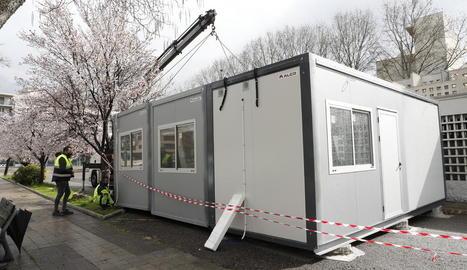 El mòdul que va ser instal·lat ahir al costat del CAP de Balàfia-Pardinyes-Secà.