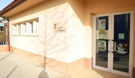 Imatge de l'escola bressol de Benavent de Segrià, ara tancada al detectar-s'hi un positiu.