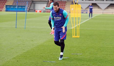 Leo Messi, ahir durant la sessió d'entrenament.