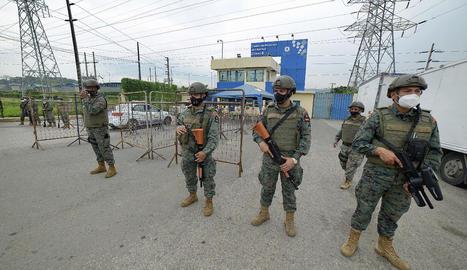 Almenys 79 morts en xocs entre bandes en presons de l'Equador