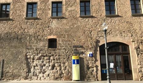 Les pedres originals de la muralla de Solsona.
