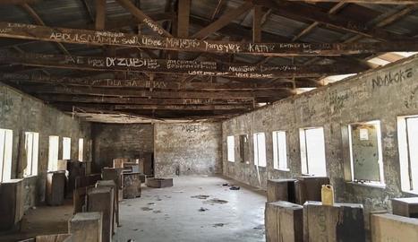 L'escola en què els menors van ser segrestats.
