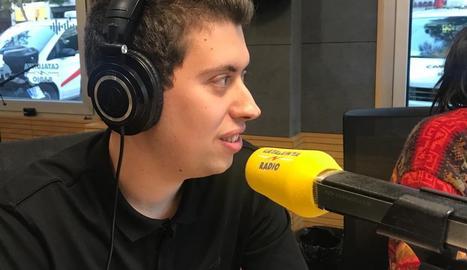 Jordi Balagué, durant les pràctiques a Catalunya Ràdio.
