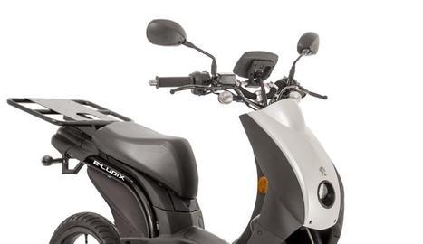 """Té una potència equivalent a un model de 50 cc i disposa d'una autonomia de 50 km """"zero emissions""""."""