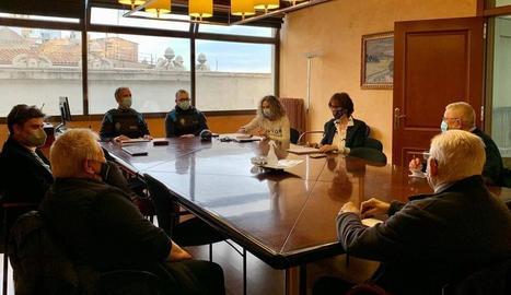 La reunió de la Paeria amb associacions de veïns del Barri Antic.