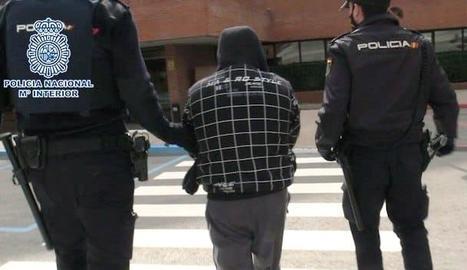 El presumpte assassí, detingut per la Policia Nacional.
