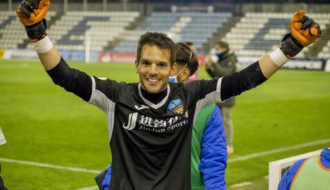 Pau Torres ja ha complert 200 partits amb el Lleida Esportiu.