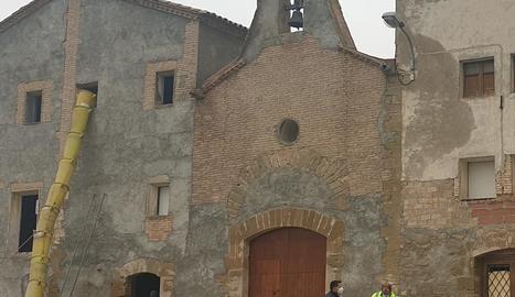 Els primers treballs per reformar la casa de Montagut.