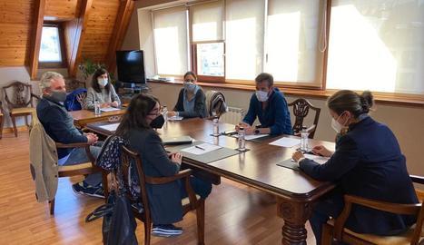 Un moment de la reunió que es va fer ahir a Aran.