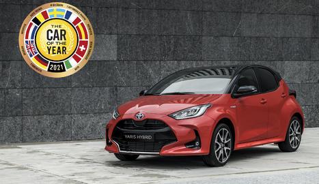 Un jurat de 59 membres va seleccionar el Yaris entre set vehicles que havien arribat a la ronda de finalistes en la primera votació.