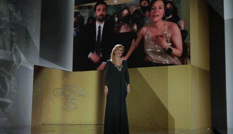 La infermera Ana Ruiz va anunciar la millor pel·lícula, 'Las niñas'.