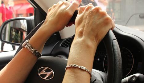 Qui condueix millor, les dones o els homes?