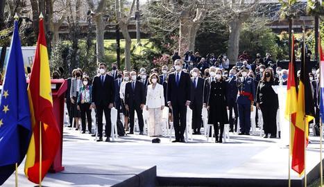 Els reis van presidir l'acte per les víctimes del terrorisme.