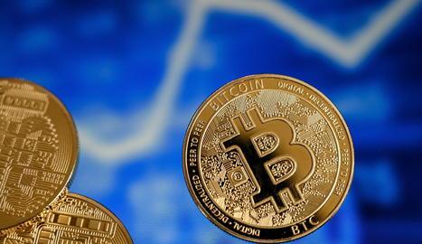 El bitcoin es desploma després d'assolir un nou rècord