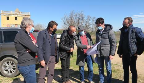 Pla obert de la visita de l'alcalde de Lleida, Miquel Pueyo, el tinent d'alcalde Toni Postius