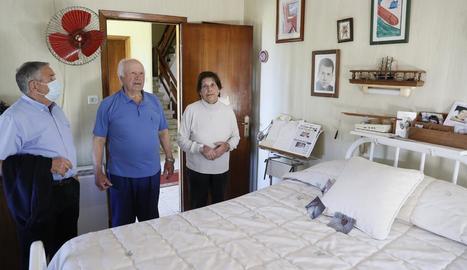 La família de Ramón Sampedro conserva igual des de fa 23 anys l'habitació on va morir.