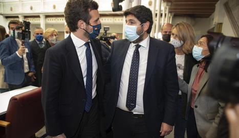 Casado va anar a Múrcia a donar suport a Fernando López Miras, que va fer fracassar el vot de censura.