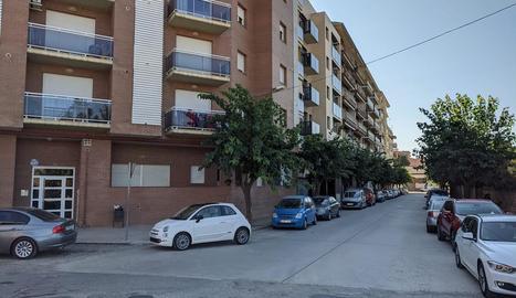 Cruïlla de Sant Pere Màrtir i Ramon Llull, on hi ha els pisos.