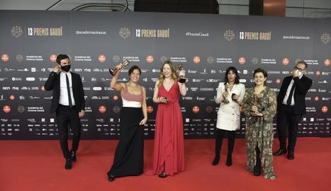 L'equip de 'Las Niñas', amb la directora, Pilar Palomero, va ser un dels grans triomfadors, amb el film 'La vampira de Barcelona'.
