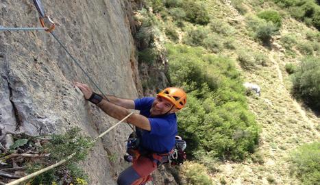 LA PALA DEL COLL. El Mamerto Montañés escalant la Pala del Coll a Mont-roig a la Noguera