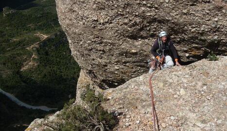 MONTSERRAT. Mamerto a la via Cerdà-Riera a la Bandereta, a les Agulles a Montserrat
