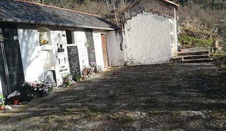 Imatge del cementiri d'Arsèguel.