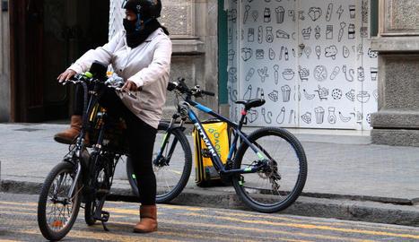 Dones riders denuncien casos d'assetjament sexual a la feina
