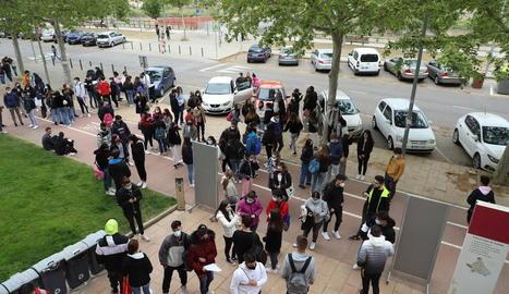 Els alumnes van ser cridats un a un per accedir a la UdL i fer les proves.