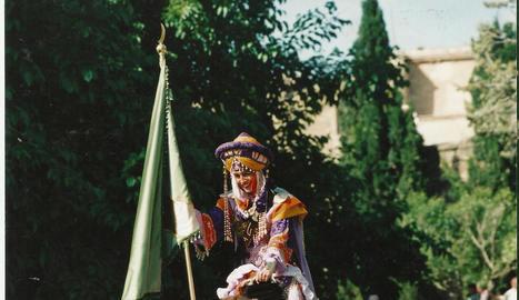any 2000. La festa de l'any 2000 va ser una de les més sonades, ja que es va fer una entrada de gala amb dromedaris.
