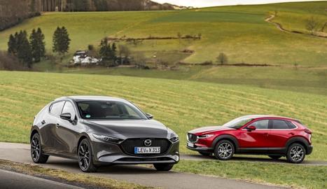 Combina les prestacions d'un motor de gasolina i un dièsel, amb la qual cosa ha aconseguit millores en el consum de combustible i en les emissions, malgrat augmentar la potència fins als 186 CV.