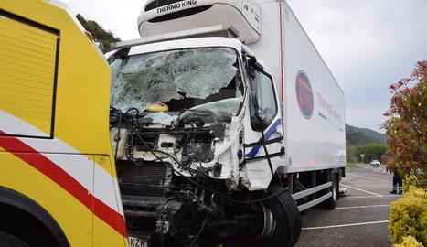 El camió implicat en l'accident.