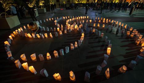 Actes en record del genocidi armeni a Beirut.