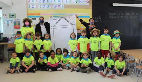 La Fecoll anima els escolars de Lleida a 'Pintar el penó de l'Aplec'