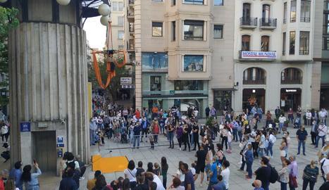 Espectacle a la plaça SAnt Joan.