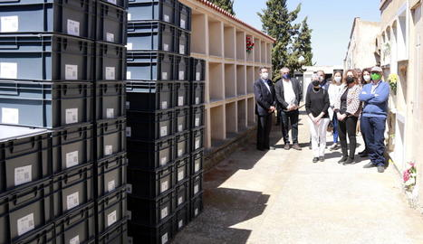 Les restes van ser enterrades en 6 nínxols, a l'espera de mostres genètiques que permetin identificar-los.