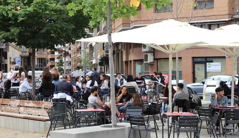 Avui és l'últim dia en què els bars i restaurants han de tancar a les 17.00 hores.