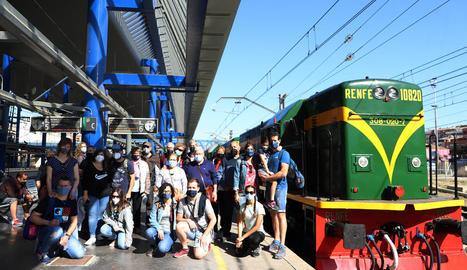 El Tren dels Llacs estrena de nou la temporada amb 120 viatgers