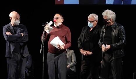 Tricicle, la cèlebre companyia teatral catalana, va rebre el premi en reconeixement a la trajectòria.