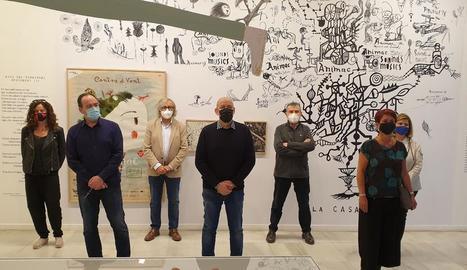 Els representants dels diferents equipaments de la ciutat de Lleida i el regidor de Cultura, en la presentació de la Nit dels Museus.