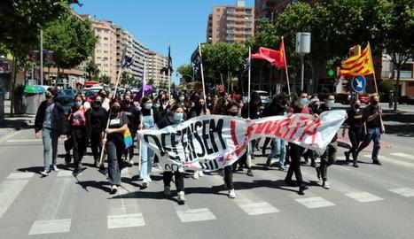 Estudiants es manifesten a Lleida en defensa d'una educació pública