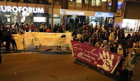 Manifestació contra la violència masclista el 25-N a Lleida.