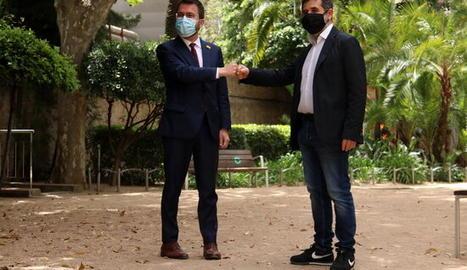Pere Aragonès i Jordi Sànchez escenifiquen l'acord de Govern.