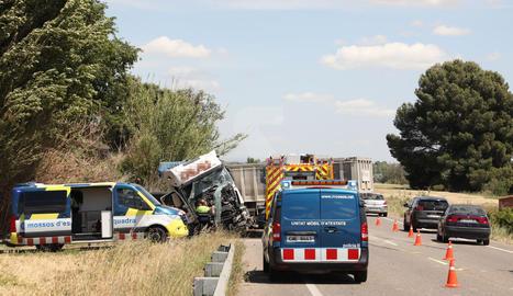 L'accident ha tingut lloc a l'altura del punt quilomètric 151 de la C-12, al terme de Corbins.