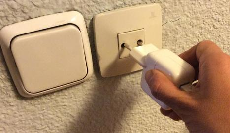 La rebaixa en la factura de la llum afectarà la tarifa regulada.